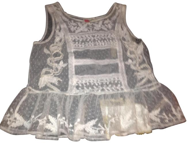 Preload https://img-static.tradesy.com/item/23209352/lilka-off-white-lace-embroidered-camisole-tank-topcami-size-8-m-0-1-650-650.jpg