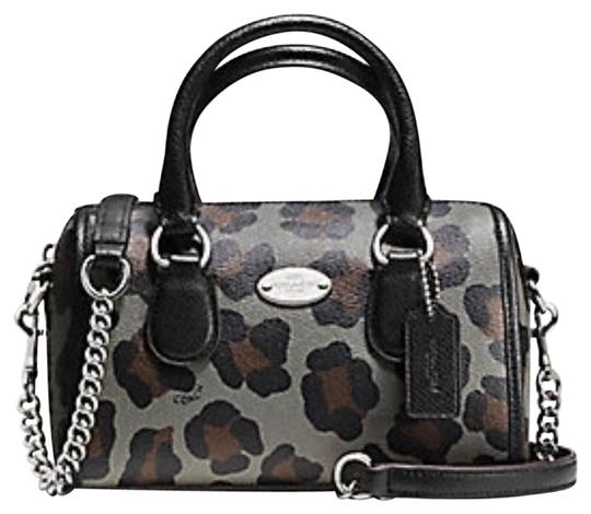 Preload https://img-static.tradesy.com/item/23209587/coach-bannett-ocelot-print-leather-f36449-satchel-0-1-540-540.jpg