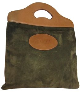 Gucci Mint Vintage Rare Early High-end Bohemian Or Clutch Great For Everyday Tote in olive green suede and camel leather