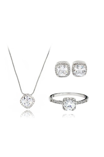 Preload https://img-static.tradesy.com/item/23209906/silver-small-square-crystal-set-necklace-0-0-540-540.jpg