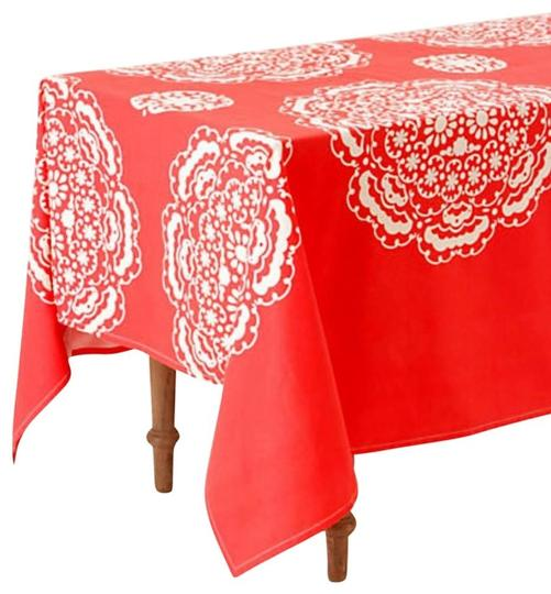 Preload https://img-static.tradesy.com/item/23210492/anthropologie-coral-white-mina-tablecloth-other-0-1-540-540.jpg