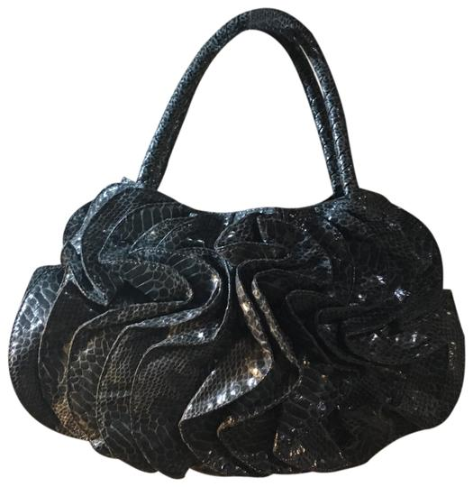 Preload https://img-static.tradesy.com/item/23210595/sondra-roberts-medium-gray-soft-snakeskin-tote-0-1-540-540.jpg