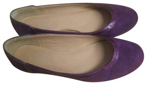 Nine & Co. Purple suede with patent leather trim Flats