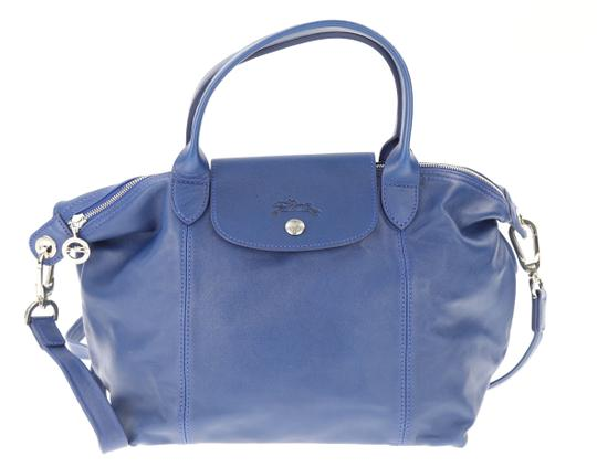 Preload https://img-static.tradesy.com/item/23210856/longchamp-le-pliage-cuir-top-handle-blue-leather-tote-0-4-540-540.jpg