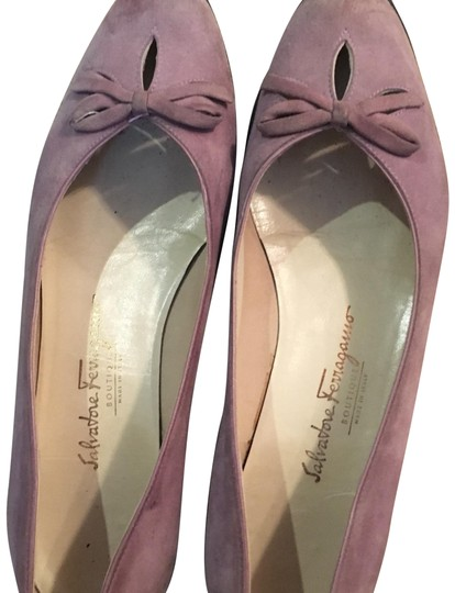 Preload https://img-static.tradesy.com/item/23210862/salvatore-ferragamo-purple-flats-size-us-95-regular-m-b-0-1-540-540.jpg