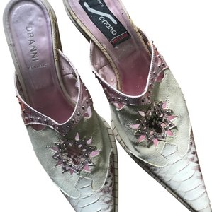Dranni Cowboy Mules Pink and beige suede and leather. Had stud work and embellishments. Mules