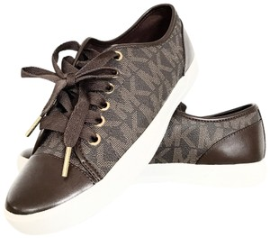 e7f8db1ee0 Michael Kors Shoes on Sale - Up to 70% off at Tradesy