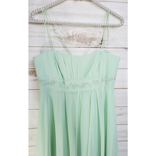 David's Bridal Pistachio Mint Chiffon Style No. F12495 Feminine Bridesmaid/Mob Dress Size 8 (M)