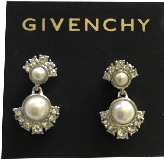 Preload https://img-static.tradesy.com/item/23211661/givenchy-silver-small-crystal-stud-earrings-0-2-540-540.jpg