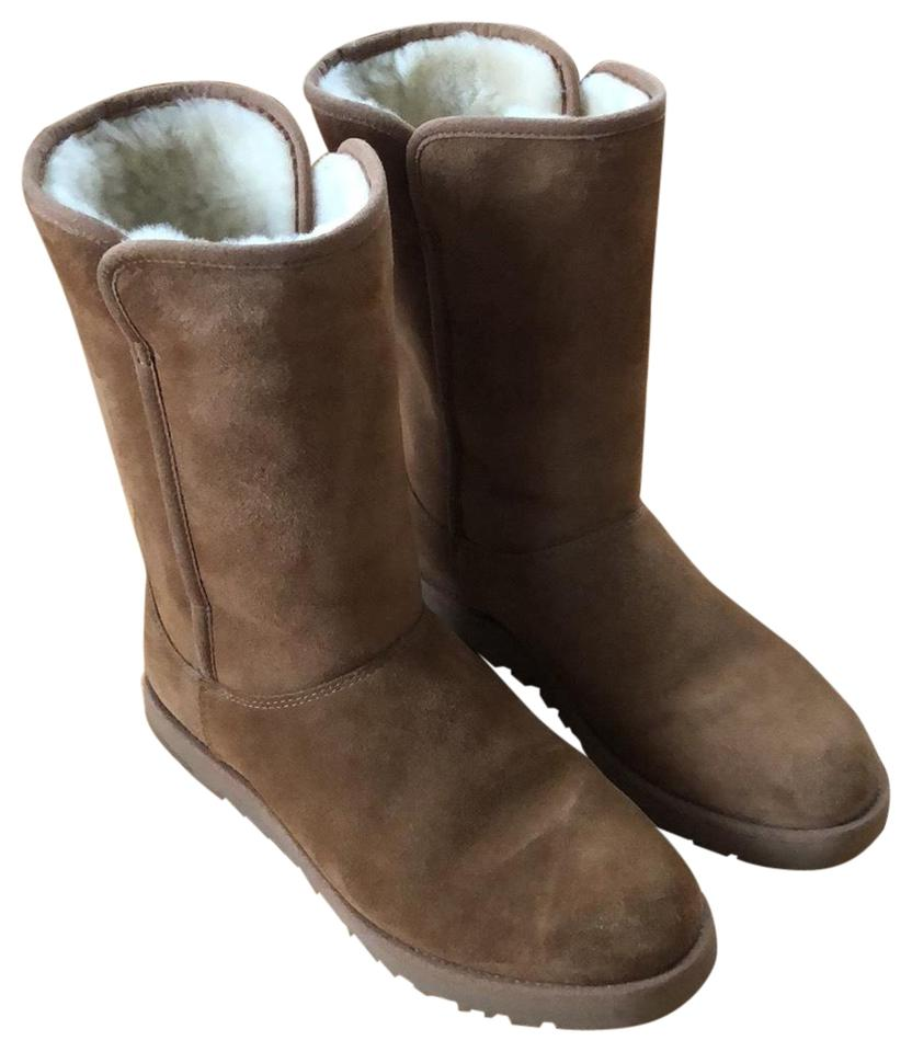 0c907efb1fb UGG Australia Chestnut Michelle In Boots/Booties Size US 7 Regular (M, B)  39% off retail