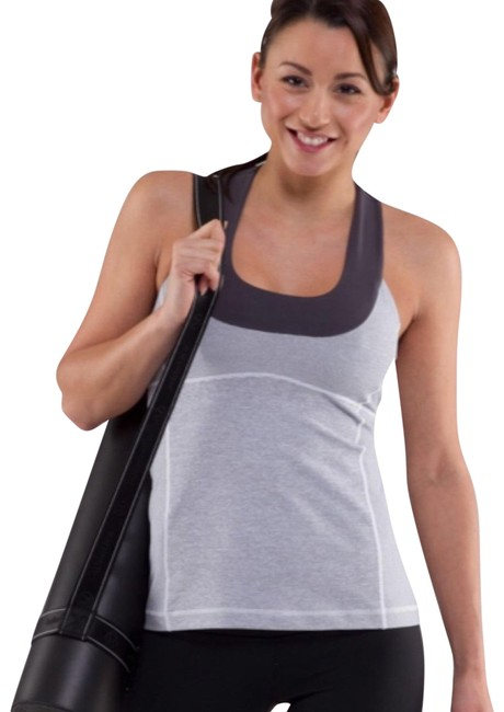 Preload https://img-static.tradesy.com/item/23211893/lululemon-gray-scoop-neck-tank-4-activewear-top-size-4-s-0-1-650-650.jpg