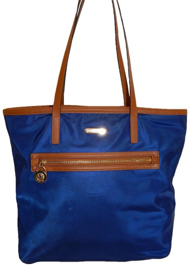 Preload https://img-static.tradesy.com/item/23212640/michael-kors-kempton-navy-brown-leather-large-shoulder-blue-nylon-tote-0-1-540-540.jpg