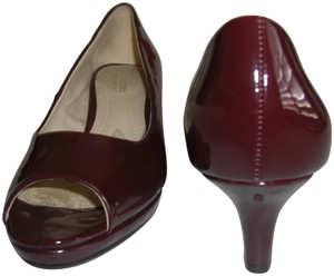 Naturalizer Patent Hanning Peep Toe Burgundy Pumps