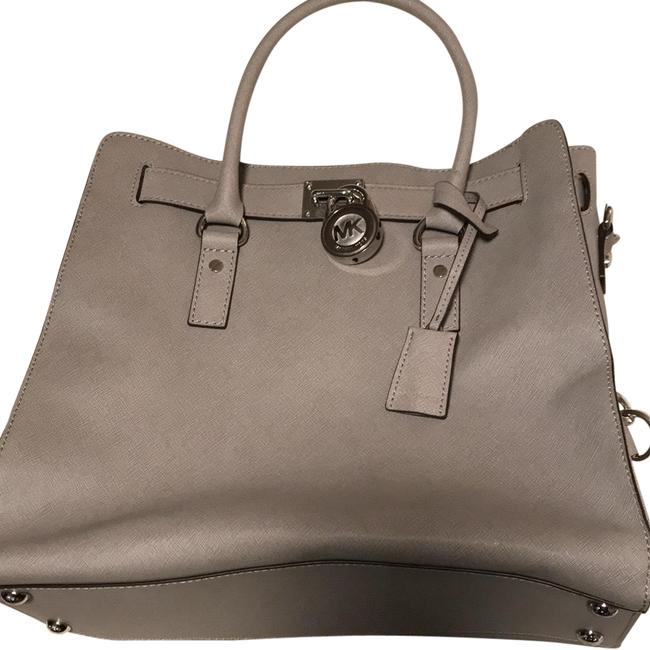 Item - Hamilton Large Tote Grey and Silver Leather Cross Body Bag