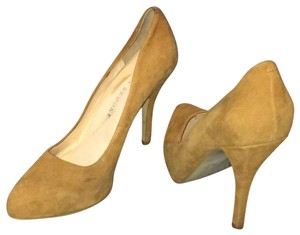 Audrey Brooke chestnut brown Pumps