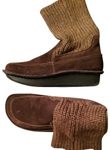 Alegria by PG Lite Size 10 New Brown sweater boot Boots