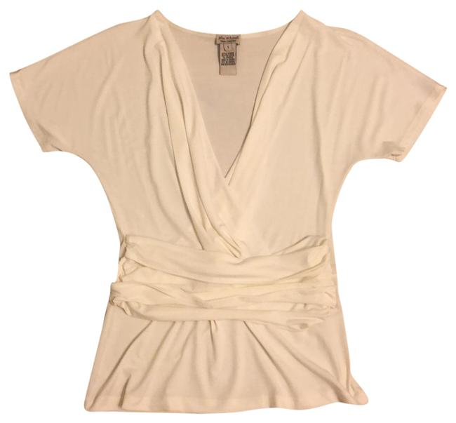 Preload https://img-static.tradesy.com/item/23215311/julie-mitchell-white-urban-collection-tunic-size-6-s-0-1-650-650.jpg