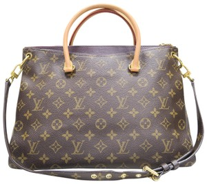 Louis Vuitton Lv Monogram Pallas Canvas Shoulder Bag