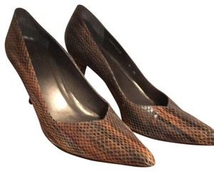 Stuart Weitzman Brown snakeskin Pumps