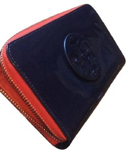 Tory Burch New with Tag stacked patent continental wallet