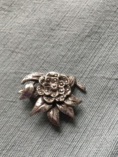 Other stunning vintage genuine marcasite and sterling silver brooch pin Image 1