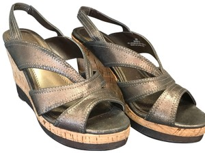 Impo gold Wedges