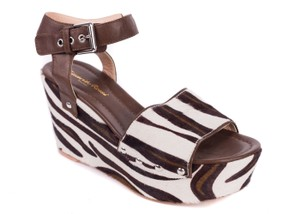 Gianvito Rossi brown Wedges