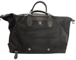 Lululemon Versatile Travel Gym Compartmented Tote in Black