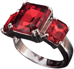 Other New 3 Stone Red Zircon White Gold Filled Ring