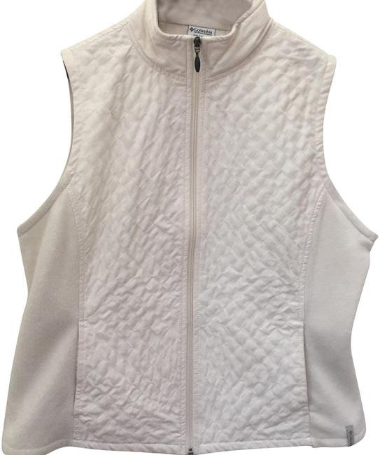 Preload https://img-static.tradesy.com/item/23219057/columbia-sportswear-company-medium-cream-quilted-vest-size-8-m-0-1-650-650.jpg
