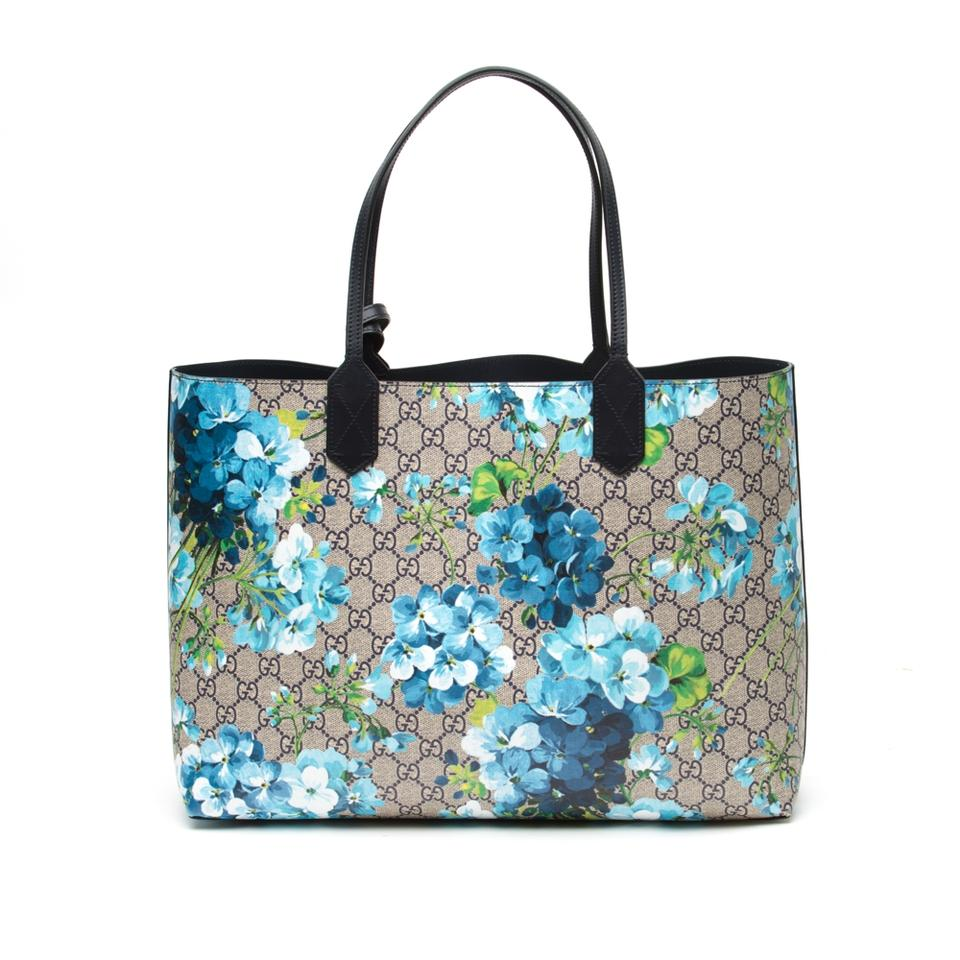 279372806e290 Gucci Reversible Gg Blooms Medium Blue Coated Canvas Tote - Tradesy