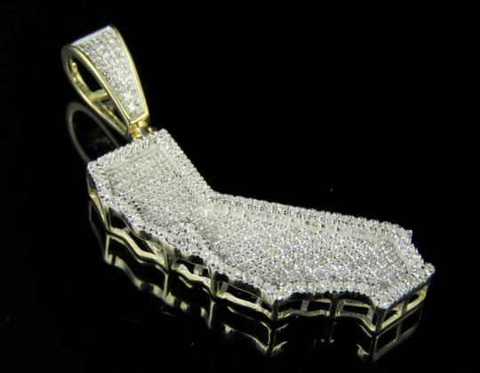 Jewelry Unlimited 10K Yellow Gold Diamond Iced Out California Map Pendant 1/2 Ct 1.5
