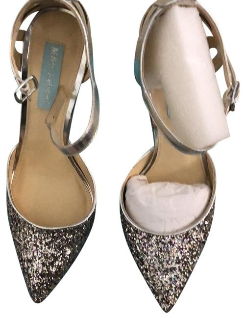 Betsey Johnson Silver Avery Pumps Size US 8.5 Regular (M, B) Image 1
