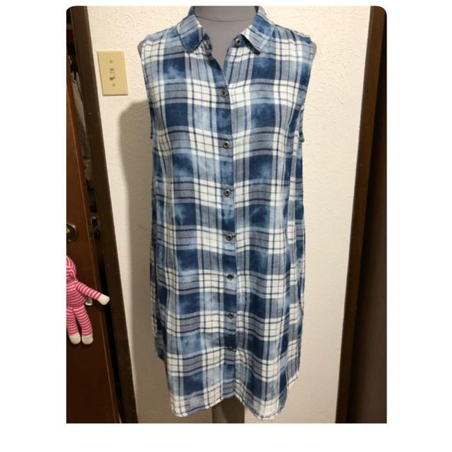 Preload https://img-static.tradesy.com/item/23219602/kenneth-cole-reaction-blue-plaid-short-casual-dress-size-12-l-0-0-650-650.jpg