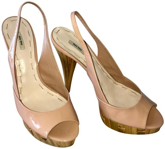 Preload https://img-static.tradesy.com/item/23219603/miu-miu-peach-beige-patent-leather-peeptoe-bamboo-heels-slingback-39-pumps-size-us-85-regular-m-b-0-1-540-540.jpg
