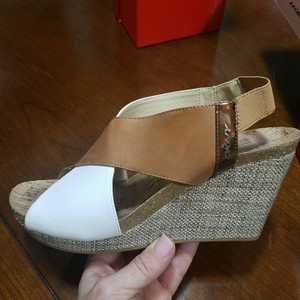 DKNY Two-tone cork wedge sandal, great condition Wedges