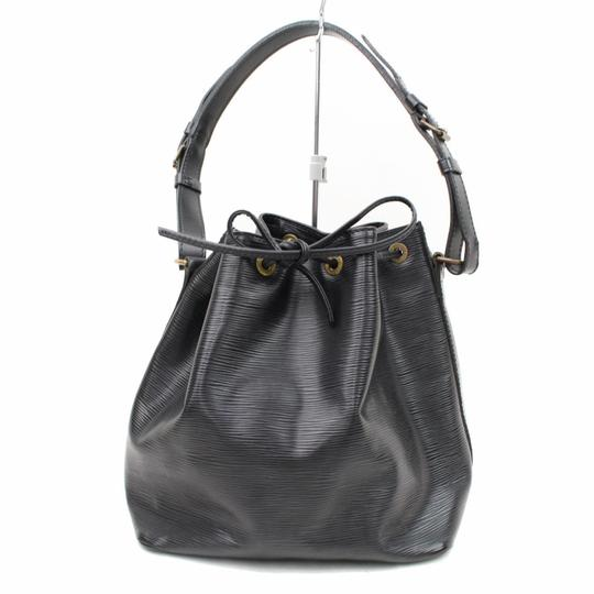 Preload https://img-static.tradesy.com/item/23220966/louis-vuitton-petit-noe-866536-black-leather-hobo-bag-0-0-540-540.jpg