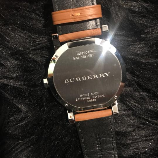 Burberry leather timeless