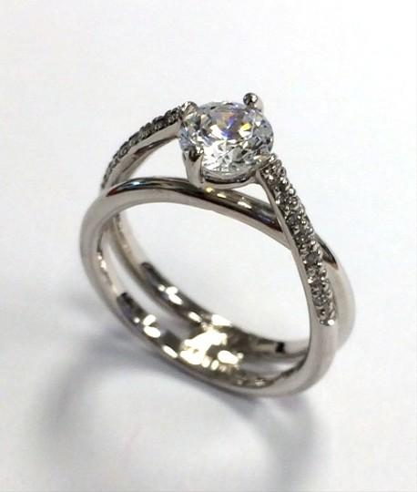 Preload https://item3.tradesy.com/images/bergio-bergio-double-twist-pave-engagement-ring-2322197-0-0.jpg?width=440&height=440