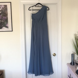 David's Bridal Steel Blue Polyster F18055 Formal Bridesmaid/Mob Dress Size 8 (M)