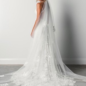 Grace Loves Lace Ivory Long Fleur Bridal Veil