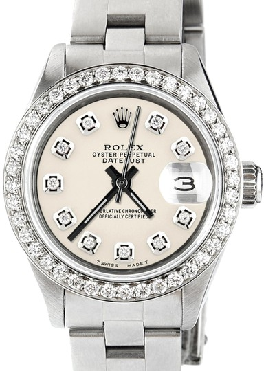 Preload https://img-static.tradesy.com/item/23222760/rolex-datejust-ladies-26mm-steel-oyster-wivory-dial-and-diamond-bezel-watch-0-1-540-540.jpg