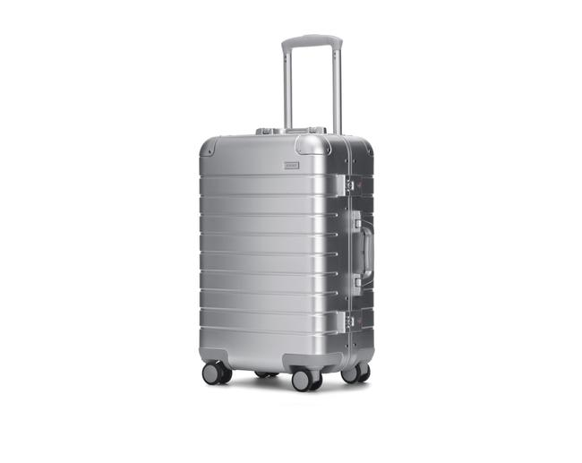 Item - Bigger Carry On Silver Aluminum Weekend/Travel Bag