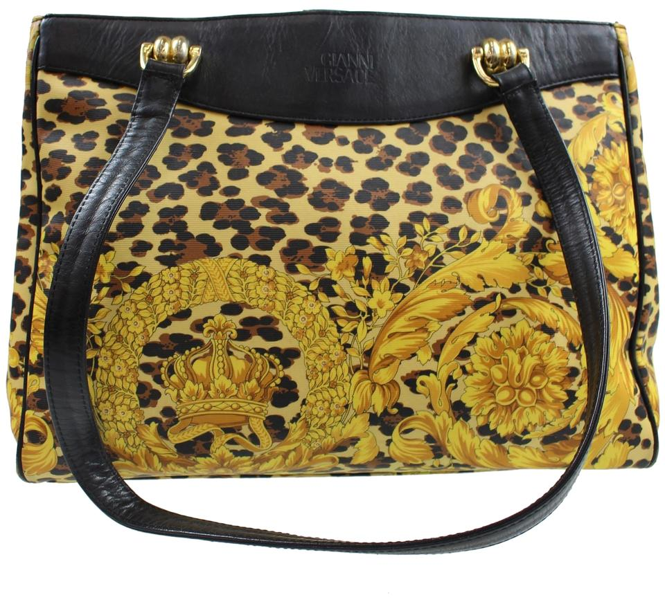 be251eb63f42 Authentic Gianni Versace leopard pattern yellow shoulder bag tote ...  cheap  Versace Shoulder Bag ... release date  e6b2f 75f74 ...