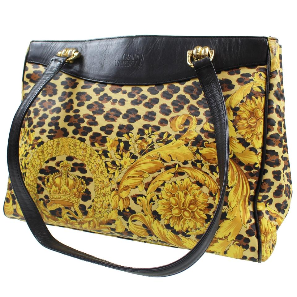 09b758c1acff ... Versace Gianni Leopard Tote Yellow and Black Pvc Leather Shoulder Bag -  Tradesy los angeles a612d ...