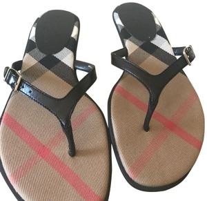 fbd83d06fb1678 Black Burberry Sandals - Up to 90% off at Tradesy