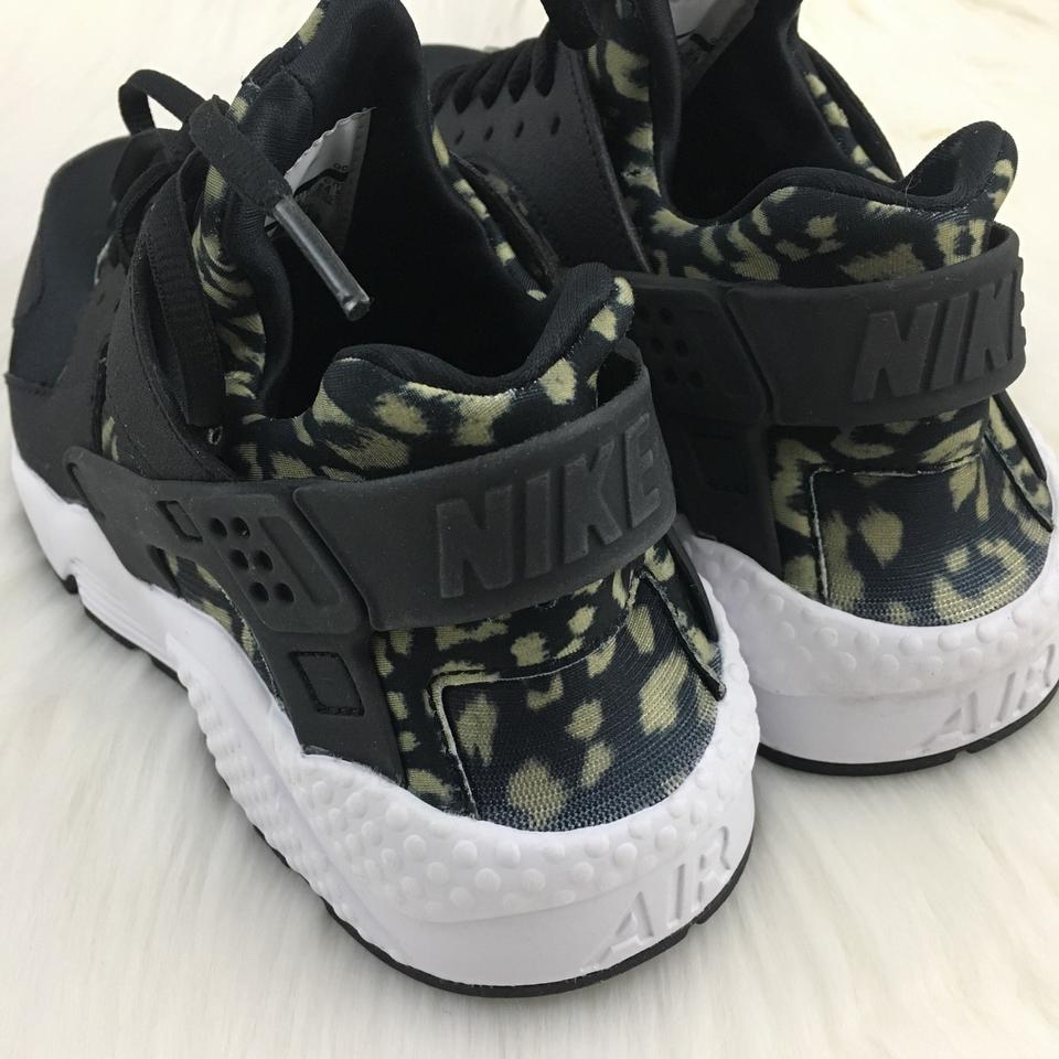 1b7779483fa8d Nike Women s Air Huarache Run Leopard Print Running Are A Unique ...
