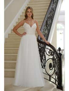 Venus Bridal Ivory Tulle/Matte Satin Vn6949 Traditional Wedding Dress Size 12 (L)