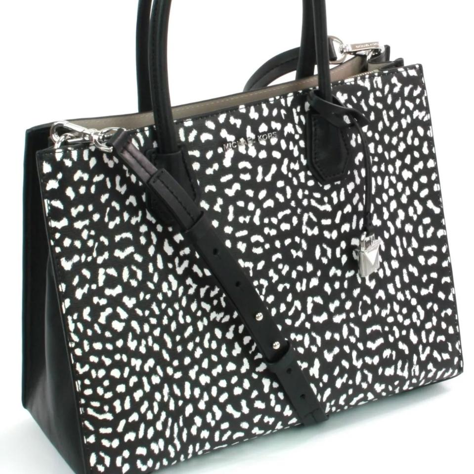 6f7b879a4638d6 Michael Kors New Large Leopard Mercer Convertible Signature White Black  Polyester Tote