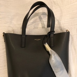 Saint Laurent Shopping Monogram North-south Tote in Oyster Grey